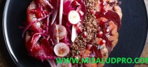 Ensalada de Quinua Monocromática Roja